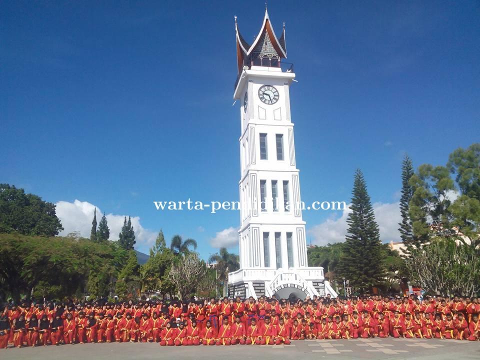 Foto_Bersama_Siswa_Kader_dan_Pendekar_TSPM_Bukittinggi_Seusai_Pelantikan.jpg