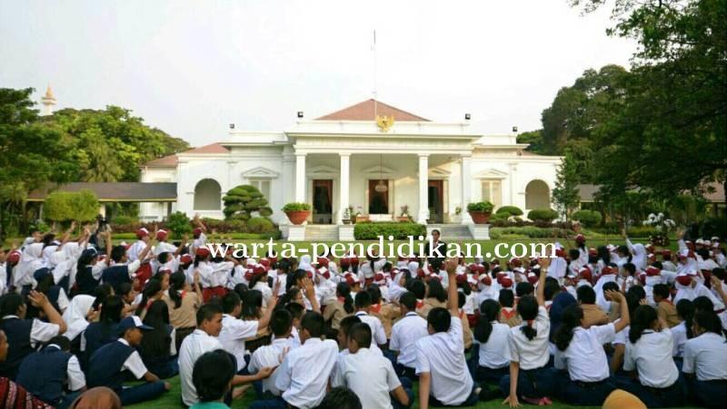Presiden_Bacakan_Dongeng_Anak_di_Hari_Membaca.jpg